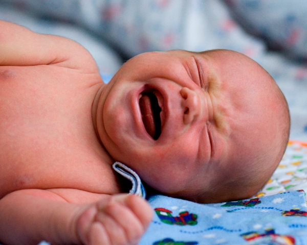 Почему Новорожденные Плачут?